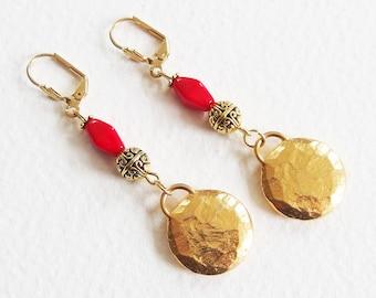 Boucles d'Oreilles Or et Rouge - Royauté Antik - Perles, Métal doré - Bijoux créateur, fait-main, pièce unique
