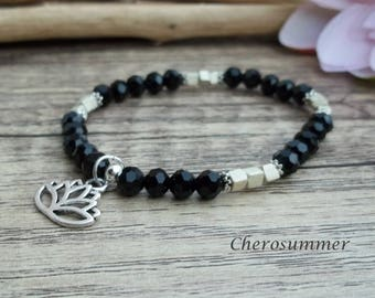 Yoga bracelet glass lotus pendant black Silver