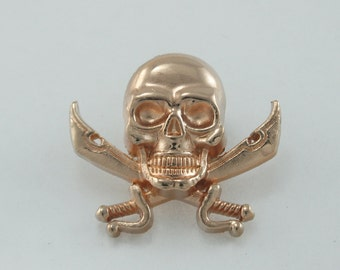 2 pcs.Gold Pirate Skull Head Twin Swords Screwback Studs Leathercraft. SK SCG33 CH