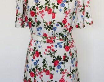 1960 Floral Print Dress/Floral Print Day Dress/Spring Flowers Vintage Dress