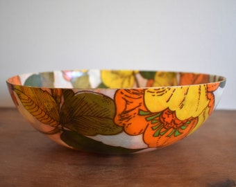 """1970s 11"""" Vintage Orange and Yellow Floral Serving Bowl"""