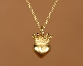 Heart and crown necklace - gold crown necklace - gold heart necklace - anniversary necklace