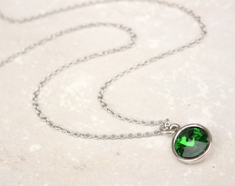 Green Crystal Rivoli Necklace, Green and silver necklace, modern style necklace, bridesmaid necklace, green Swarovski necklace