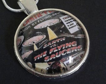 B Movie glass cabochon necklace or key ring--Retro--Film--Jewellery--Gift
