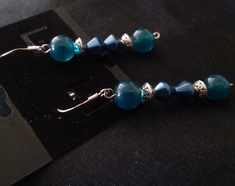 Blue Beaded Earrings, Blue Jewelry, Blue Beads, Blue Beaded Jewelry, Nickle Free Earrings, Beaded Earrings, Blue Earrings