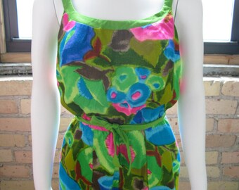 Vintage 1960's Swimsuit Romper Excellent Conditon!! 34 bust Tall