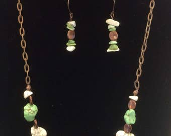 Stone and copper necklace and earrings