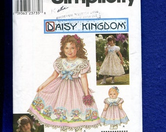 Simplicity 9092 Daisy Kingdom  Dress with Cutwork Lace Collar for  Little Girls  and Matching Doll Dress  Sizes 3..4..5