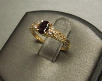 Vintage Estate C1970 14K Gold Filigree 0.61TCW Plum Violet Alexandrite Solitaire & Diamond Engagement Ring Sz 6.25