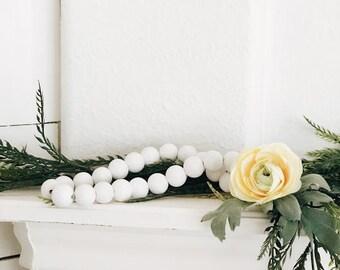 wooden beadgarland,wood beadgarland,garland,springdecor,rustic garland,ranunculus ,wood beads,bead garland,floral decor,flowers,summer decor