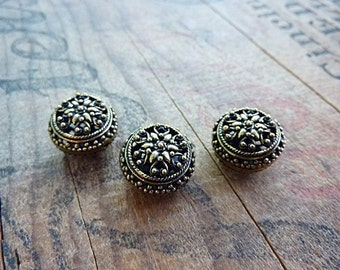 Antiqued Gold Ornate Filigree Beads Antiqued Brass Color (2) IG424