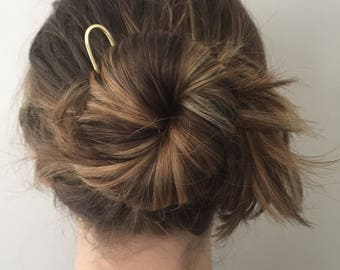 Minimalist Brass Hair Pin- hand forged U shaped hair accessories top knot brass boho hair fork yoga bridesmaid gift graduation gift for her
