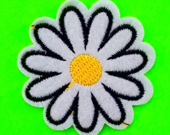 Lazy Daisy Spring Flower White and Yellow Blossom Boho Hippie Chick Embroidered Iron or Sew on Patch