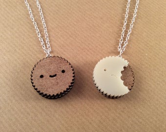 Reversible Biscuit Necklace