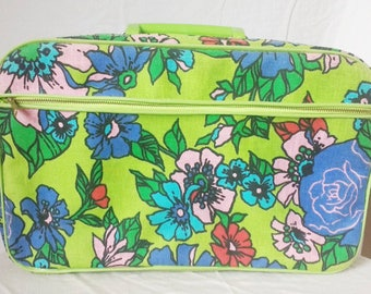 "Vintage Mid Century Mod Suitcase Flower Power Green Floral Overnight Bag 14""× 9"""
