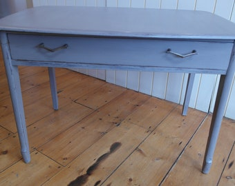 A Lovely Shabby-Chic Painted Coffee Table with draw