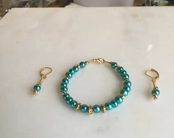 Tourquoise Blue Satin luster glass pearl beaded bracelet and earring set