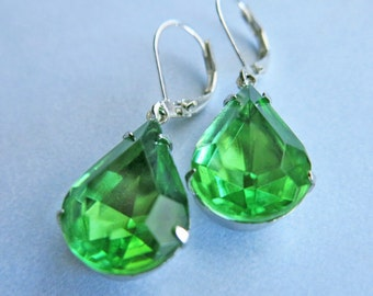 Vintage Earrings Peridot Green Earrings, Bridal Jewelry, Bridal Earrings, Wedding Jewelry