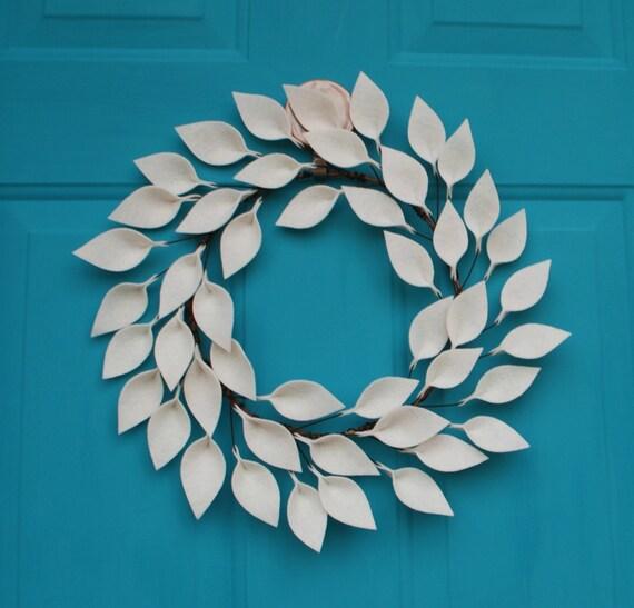 Moderne Jahr Kranz Filz Leaf Kranz in zartem weiß Neutral