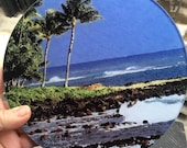 Hawaiian Beach - Round Glass Cutting Board - 8 in diameter (small)