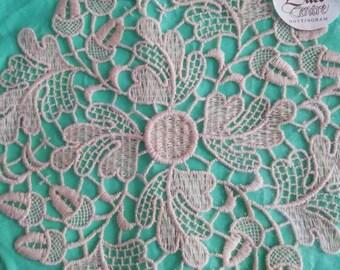 Beautifull new original packaging vintage Nottingham lace