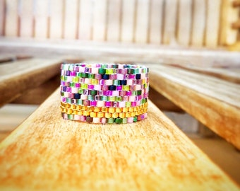Multi color seed bead ring, Gold color Summer ring, Beadwoven peyote ring, Modern wide band, Gifts for her, Made in Greece