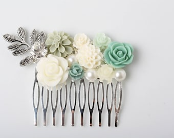 Sage Wedding hair comb, Sage green wedding comb, Green and Ivory hair comb, Woodland hair accessories, rustic weddig hair comb, Bridal comb