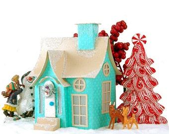 Quinn - Miniature Christmas Village Cottage - PDF Pattern