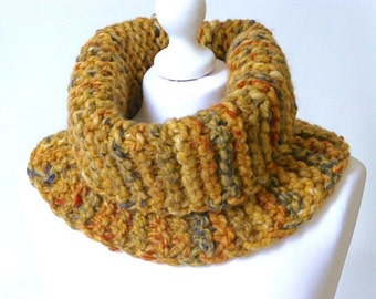 Mustard knitted cowl, chunky knit cowl, knitted neckwarmer, chunky knitted neckwarmer, cosy cowl