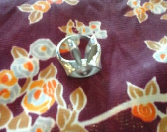 Locally made sterling silver Bunneye ring size 10
