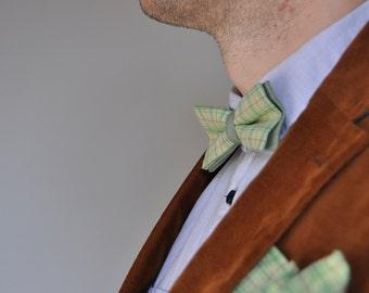 Light green men's bow tie Bow tie for men Pre tied bow tie Men's necktie Gingham bow tie Wedding bow tie Groom bow tie Light green bow tie