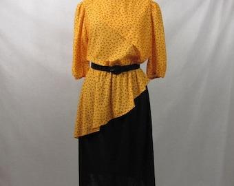 Vintage 80s Bold Peplum Dress / Tabby of California / Size 14 / Polyester / Bold Mustard Top / Black Skirt Bottom / Asymmetrical