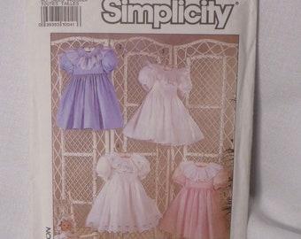 Simplicity 9679, Girls Heirloom Dress Design, Oliver Goodin, Sizes 3-8, in Original Folds, Smock, Smocking Pattern, Beginning Smocking