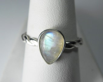 Moonstone Ring - Rainbow Moonstone Stackable Ring - Moonstone Engagement Ring - Unique Moonstone Jewelry - Aqua Blue Rainbow Moonstone Ring
