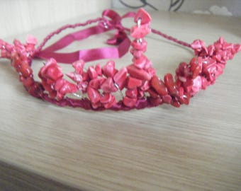 Tiara/crown/headdress.