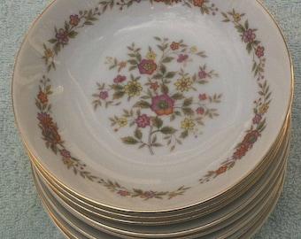 Eight (8) RW Royal Wentworth Marcia 51/216S fruit/dessert/sauce bowls