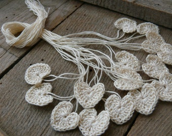 Tiny crochet hearts, 15 mini hearts, embellishments,applique, Valentines, small wedding favor, scrapbooking,wedding decorations,green, cards
