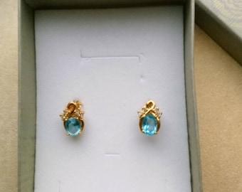 Gold Plated Medium Post Earrings,  Faceted Aqua Blue Oval Stones, Prong Setting, Cute Diamond-like Stone, Small Studs, Minimalist Earrings