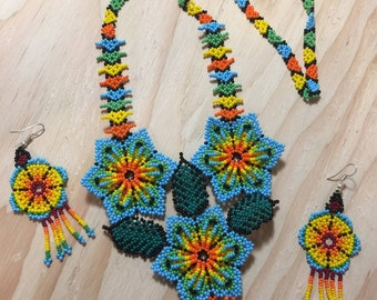 Mexican huichol necklace  art peyote flower necklace set with earrings