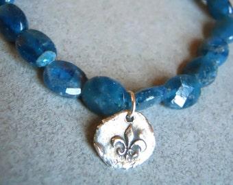 French bracelet, stretch bracelet, apatite bracelet, Fleur de Lis Apatite charm bracelet, nugget bracelet, gemstone charm bracelet
