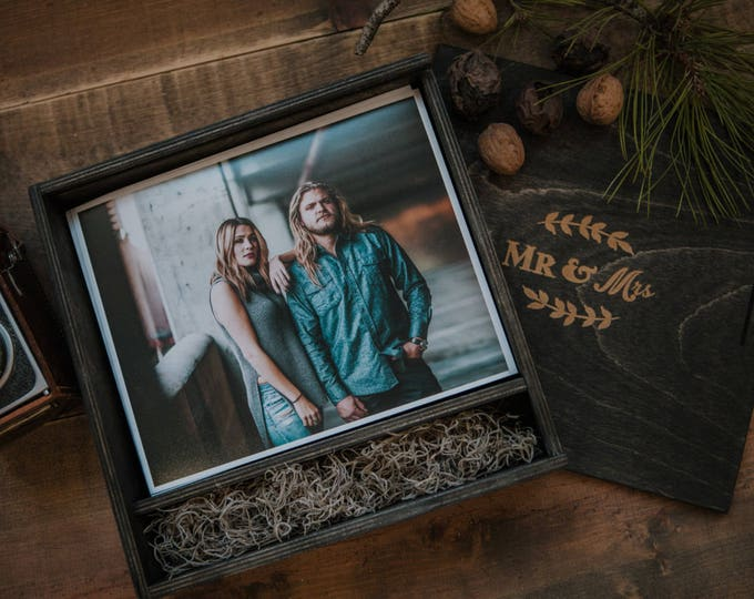 8x10x3 - Wood print box - space for photos and usb drive - (spanish moss included)