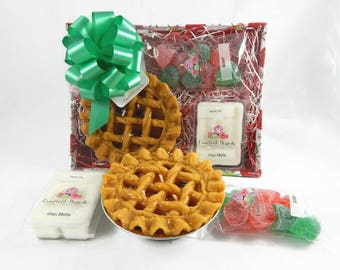Christmas Gift Basket - Apple Pie Candle, Gum Drop Soaps & Wax Melts