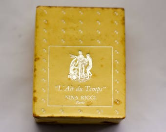 Vintage Parfum  Nina Ricci,  L'air du Temps .25 oz (7.5 ml)