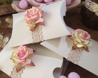 Wedding Favour Gift Box x 10 Pink or Ivory Rose