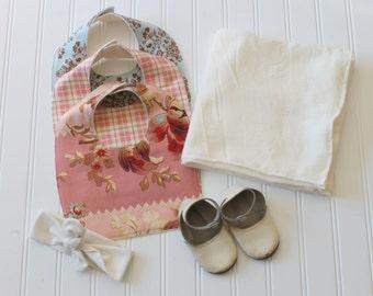 Girls's Baby Bib Set - Floral Bib - Drooling Bib - Infant Bib - Early Feeding Bib - Floral Bib - Baby Gift - Made 4U Handmade Designs