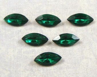 Vintage Glass Jewels or Rhinestones, Emerald, 15X7 MM Navette, 6