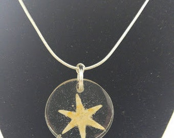 Resin SW FL Beach Round Pendant with 6 Finger Starfish Necklace Jewelry