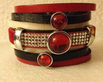 BRACELET LEATHER 7 ROW RED WHITE BLACK