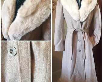 Vintage 1970s long, wool tweed coat with fur collar