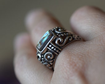 Abalone GemstoneVintage Silver 925 Statement Ring, US Size 8.0, Used -S141-